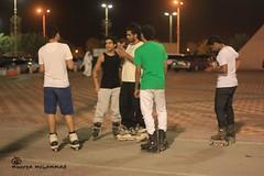(munira mohammed | منيرة محمد) Tags: men youth play group skate riyadh شباب الرياض منتزه يلعبون سكيت مجموعات زلاجات يتنافسون