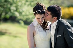 Ils s'aiment... (Fabrice Drevon) Tags: wedding portrait david green love yellow bride nikon perfect couple photographer dress laurie suite mariage 135mm d800 fabricedrevon