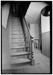 "15 Washington Street Stairway • <a style=""font-size:0.8em;"" href=""http://www.flickr.com/photos/77241576@N06/7078223401/"" target=""_blank"">View on Flickr</a>"