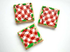 Picnic Cookies (SweetAmbsCookies) Tags: summer table am picnic frost cookie sweet royal sugar gingham glaze butter icing iced how cloth decorate ams tutorial frosting frosted decorated ambs