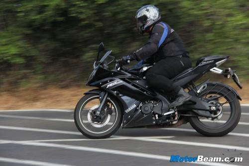 Yamaha R15 Radiator 2013-yamaha-r15-08