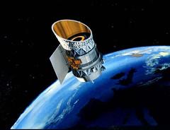 Anglų lietuvių žodynas. Žodis space satellite reiškia kosmoso palydovo lietuviškai.