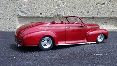1941 Chevrolet Special De Luxe Convertible - Custom Rod (JCarnutz) Tags: chevrolet 1941 diecast 124scale customdeluxe danburymint customrod