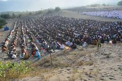 HLS_2131 (Indonesia Documentary Photographer) Tags: sand eid islamic moslem bantul shalat idulfitri parangkusumo gumukpasir 1434h