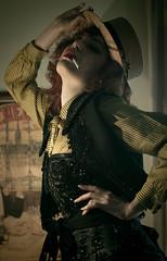 Cigarrera (Helena Aguilar i Mayans) Tags: paris ads blogger louise 1900 pandora ebel advertisings cigarrilos cigarrera publicites ciagarrettes