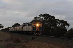 9L34 S300-S311 Mallala-Two Wells 11-5-2015 (2) (Rhys McDonald) Tags: railroad train clyde locomotive cheap emd mallala cfcla