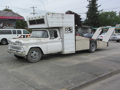chevrolet car race washington chevy wa tow 1961 sauk flatbed whaletail hauler sedrowoolley