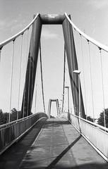 Koln (kaddafi210) Tags: architecture foma fomapan fomapan100 prakticaplc2 praktica m42 czech kolin city 35mm analog analogue film bw light blackandwhite monochrome bridge way steel construction symetry