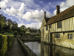 Ingtham Mote (Alan Fife) Tags: nationaltrust moats manorhouses water
