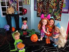 kids being kids (flores272) Tags: chelsea kellydoll chelseadoll tommydoll halloween halloweenparty barbie barbiedoll barbiehouse kids toy toys doll dolls monsterhigh halloweentoys