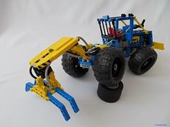04e (nikolyakov) Tags: lego legotechnic eurobricks pneumatic logging skidder moc tc10