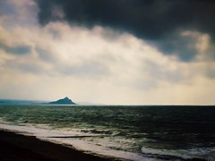 Far Horizons (Colormaniac too (trying to catch up)) Tags: cornwall seascape landscape dreamscape stmichaelsmount penzance marazion uk travel horizons clouds sky sea topaztextureeffects topazimpression