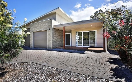 8 Hazelwood Rise, Callala Beach NSW 2540