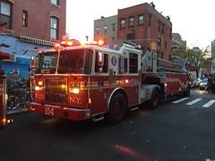 FDNY Ladder 104 (Triborough) Tags: ny nyc newyork newyorkcity kingscounty brooklyn williamsburg fdny newyorkcityfiredepartment firetruck fireengine ladder truck104 ladder104 seagrave tiller tda
