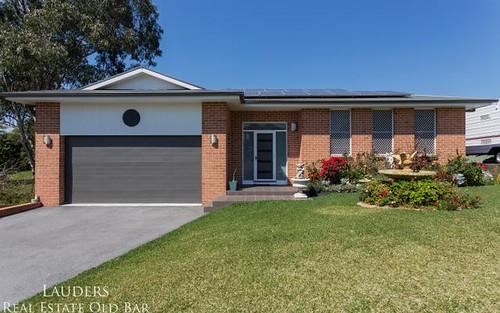 6 Railton Ave, Taree NSW 2430