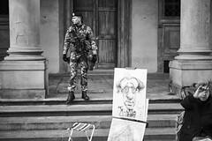 Soldier. 1007479 (Daniele Pisani) Tags: leica monochrom 246 test florence soldier uffizzi uffizi
