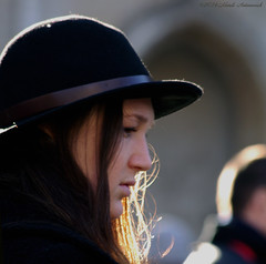 Portrait (Natali Antonovich) Tags: sweetbrussels brussels belgium belgique belgie portrait grandplace profile reverie hatisalwaysfashionable hat hats light winter