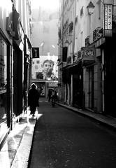 (Ccile Pommeron) Tags: people street contraste lights 75006 paris noiretblanc bw