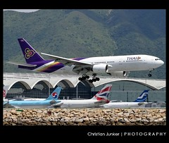 Boeing | 777-2D7 | Thai Airways International | HS-TJA | Hong Kong | HKG | VHHH (Christian Junker | PHOTOGRAPHY) Tags: china plane canon hongkong eos airport asia aviation landing 25 airline thai 7d boeing heavy hkg 100400mm sar tha tg thaiairways clk planespotting cheklapkok b777 staralliance hkia lamphun triple7 b772 hongkonginternationalairport 27726 b777200 vhhh 25r wwwairlinersnet hstja b7772d7 2772625 tha629 thai629 tg629