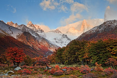 Autumn,Patagonia (Helminadia Ranford) Tags: travel autumn camp patagonia argentina sunrise landscape nationalpark fallcolors helminadia montefitzroy pointcenot