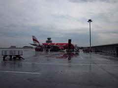 KLIA LCCT Airport in Kuala Lumpur (Ryo.T) Tags: airport malaysia kualalumpur klia  airasia  lcct