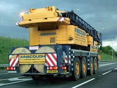 2010 Liebherr LTM 1090-4.1 Ainscough Mobile Crane (Stuart Axe) Tags: m25 crane mobile ainscough liebherr hire cranehire rental england uk motorway london londonorbital orbital road highway ringroad unitedkingdom gb greatbritain londonorbitalmotorway