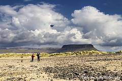 Streedagh Beach, Co. Sligo (linda_mcnulty) Tags: family ireland sky mountain kite beach strand landscape coast play dunes 7d grange flyingkite sligo benbulben streedagh lindamcnulty