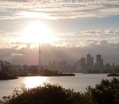 IMG_0418-4 (416Pictures) Tags: park city sunset sky toronto skyline clouds spring lakeontario tommythompson