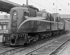 "PRR GG-1 4901 pulls the northbound SCL ""Silver Meteor"" into Baltimore, MD, 1966. (Ivan S. Abrams) Tags: blackandwhite newcastle pittsburgh butler bo ge prr ble conrail alco milw emd ple 2102 chessiesystem westmorelandcounty 4070 bessemerandlakeerie steamtours pittsburghandlakeerie ivansabrams eidenau steamlocomtives ustrainsfromthe1960sand1970s"