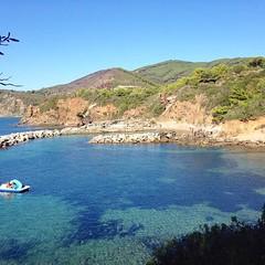 Buona domenica dalla spiaggia di #felciaio a #capoliveri nello scatto di @dannymamba73. Continuate a taggare le vostre foto con #isoladelbaapp il tag delle vostre vacanze all'#isoladelba. http://ift.tt/1NHxzN3 (isoladelbaapp) Tags: isoladelba elba visitelba portoferraio porto azzurro capoliveri marciana marina di campo rio