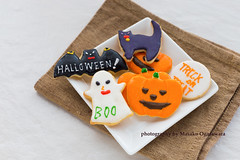 Homemade halloween cookies (yumehana) Tags: various autumn close dessert trick pumpkin halloween cat bat background orange biscuit spider up celebration homemade treat black bakery traditional view jelly october life gingerbread delicious season still icing party sweet moon seasonal holiday bright food tasty horror snack colorful cuttingboard purple cookie baked decorated decoration top scary nobody fruit creepy horizontal