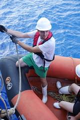 A. (bukovo) Tags: dignityi msf lancha naranja marinero sailor barco boat sea mar