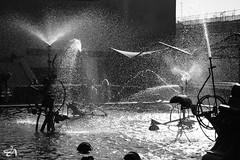 Tinguely Splash (Funkraft) Tags: basel tinguely brunnen well water splash bw ultrafast wasser drops droplets tropfen tropfchen fujifilm xt2