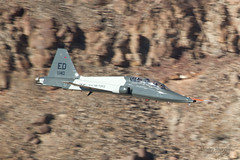 Talon in the canyon (vsturgess) Tags: rainbow cayon aircraft aviation flying military low level jedi transition sidewinder california usa usaf talon ed canon 7d fastjet