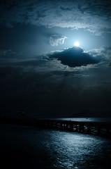 Moonlight (Merowinger-Photography) Tags: nicht moonlight moonshine mallorca holiday nikon d7000 50mm sea meer light clouds