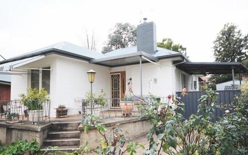 27 Bluett Crescent, Turvey Park NSW 2650