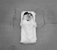 Quiero dormir contigo hasta que se acabe el mundo (Angelo Nairod) Tags: