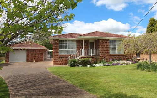 5 Kylie Place, Moss Vale NSW 2577