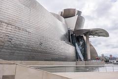 Guggenheim-Bilbao north (Rainer ❏) Tags: guggenheimmuseum frankogehry architektur arquitectura architecture bilbao baskenland provinzbizkaia bayofbiscay biskaya ngc españa spanien spain espagne color sommer2016 rainer❏