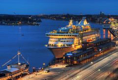 M/S Birka Paradise I (Henrik Sundholm.) Tags: street car hotel harbor hostel ship traffic sweden stockholm sdermalm harbour dusk ships lighttrails sverige van hdr strmmen djurgrden waldemarsudde nacka beckholmen stadsgrdshamnen birkacruises danvikshem cruiseferry birkaline franskabukten tegelvikshamnen mspatricia gustafafklint msbirkaparadise