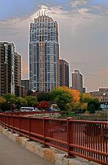 Minneapolis (Raggedkompany) Tags: bridge urban usa minnesota skyline architecture skyscraper mississippi downtown minneapolis mississippiriver twincities stonearchbridge thecarlyle minneapolisminnesota westriverroad milldistrict locksdamns