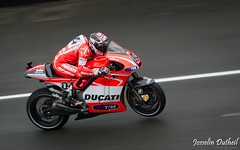 Andrea Dovizioso - Ducati Team - MotoGP (JDutheil-Photography) Tags: france macro bike sport monster race de photography la team nikon energy track photographie andrea grand racing prix mans sp le di moto if motorcycle motogp af grip ducati tamron bugatti circuit loire pays 72 f28 lemans ld gp 70200mm fil photographe sarthe josselin kenko dovizioso dutheil dgx mc7 doubleur phottix d7000 jojothepotato bgd7000 jdutheil
