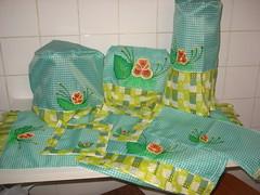 Conjunto de cozinha (gracyceres) Tags: de porta kit em jogo cozinha pintura tecido pregador
