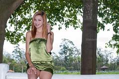 Mary Miyahara (Vanderlei Gomes Fotografia :-]) Tags: park parque brazil woman verde green girl rock sex brasil model dress mulher modelo sexo teen roll garota paulo menina so baidu branca vestido morena ecologico brunet rockeira itaquaquecetuba