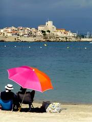 la belle vie (b.four) Tags: people beach gente plage spiaggia antibes gens alpesmaritimes ruby3 diamondclassphotographer flickrdiamond rubyphotographer damniwish mygearandme ruby10