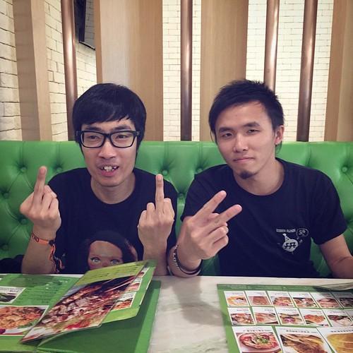 香港最可愛的兩個男生!