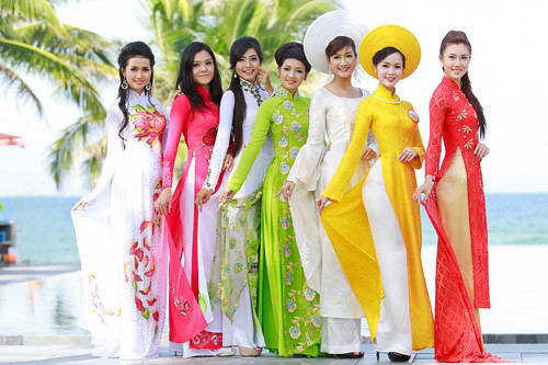 thuyet-minh-ve-chiec-ao-dai