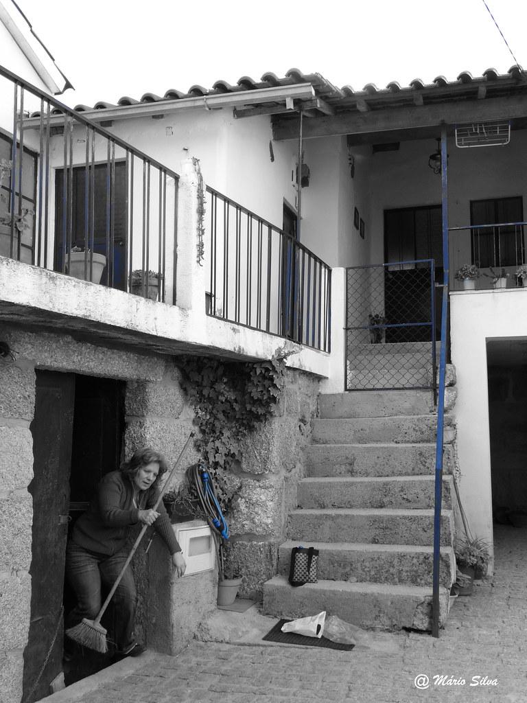 Águas Frias (Chaves)  - ... é uma casa portuguesa  ... concerteza ...
