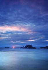 (Andy Bracey -) Tags: bracey andybracey cornwall newquay fistral fistralbeach beach coast coastal atlantic sea headland rocks sky cloud sunset landscape seascape nkon d3s littlestopper ndfilter leefilters
