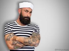 Sesion Fotografiaca con Raul Bustos. (iruizga) Tags: tatuaje tatto marinero modelo model retrato portrait gorro canon50mm14 50mm14 50mm